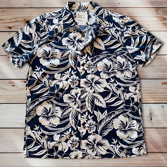 AEO Blue Print Button Camp Shirt